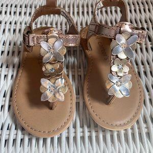 🆕NWOT Precious Carters Metallic Floral Sandals